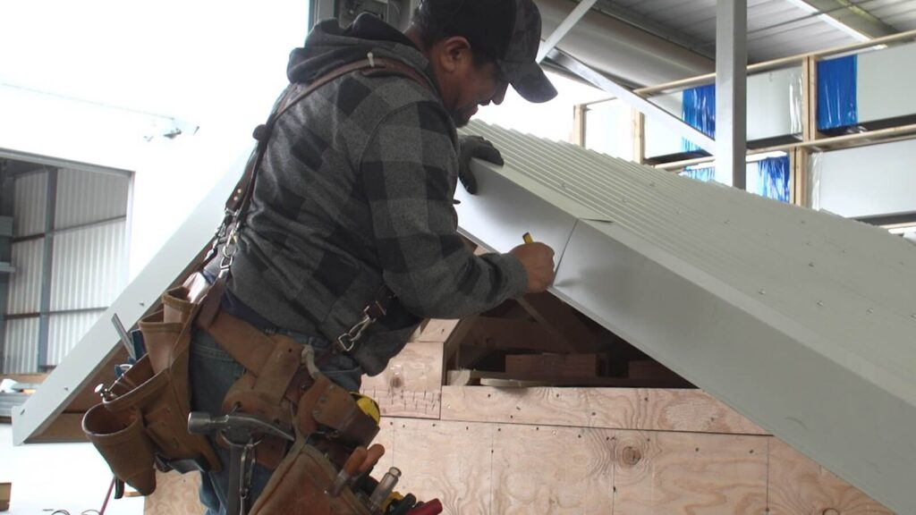 Locations-Quality Metal Roofing Crew of Kendall