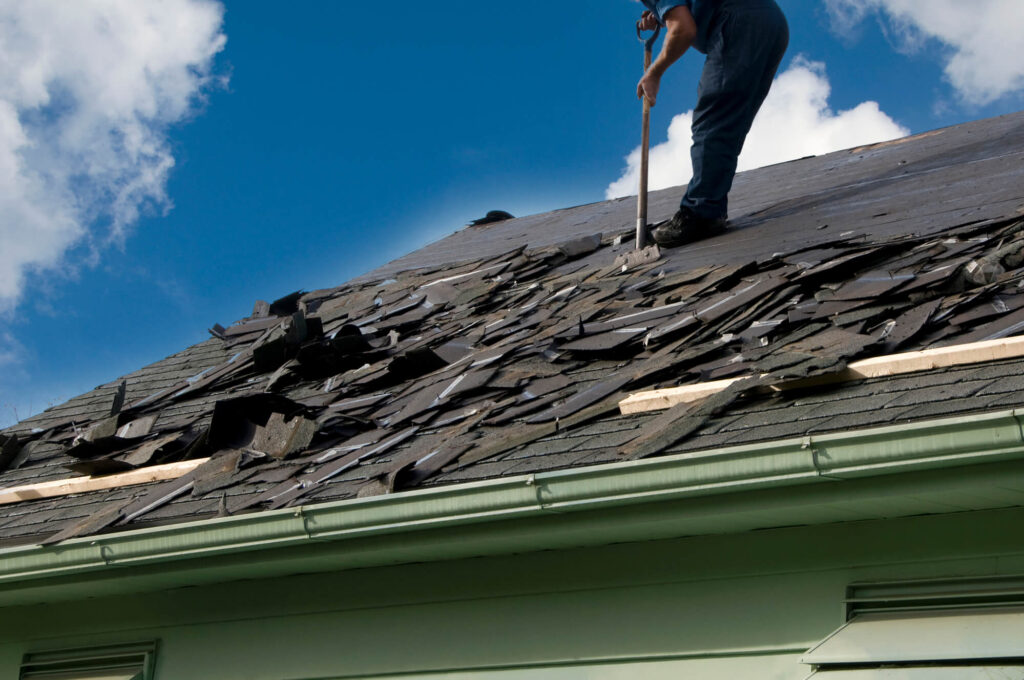 Metal Roof Replacement-Quality Metal Roofing Crew of Kendall