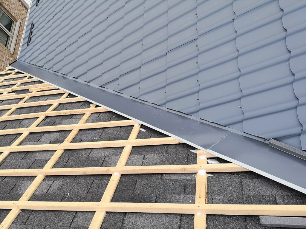 New Construction Metal Roofing-Quality Metal Roofing Crew of Kendall