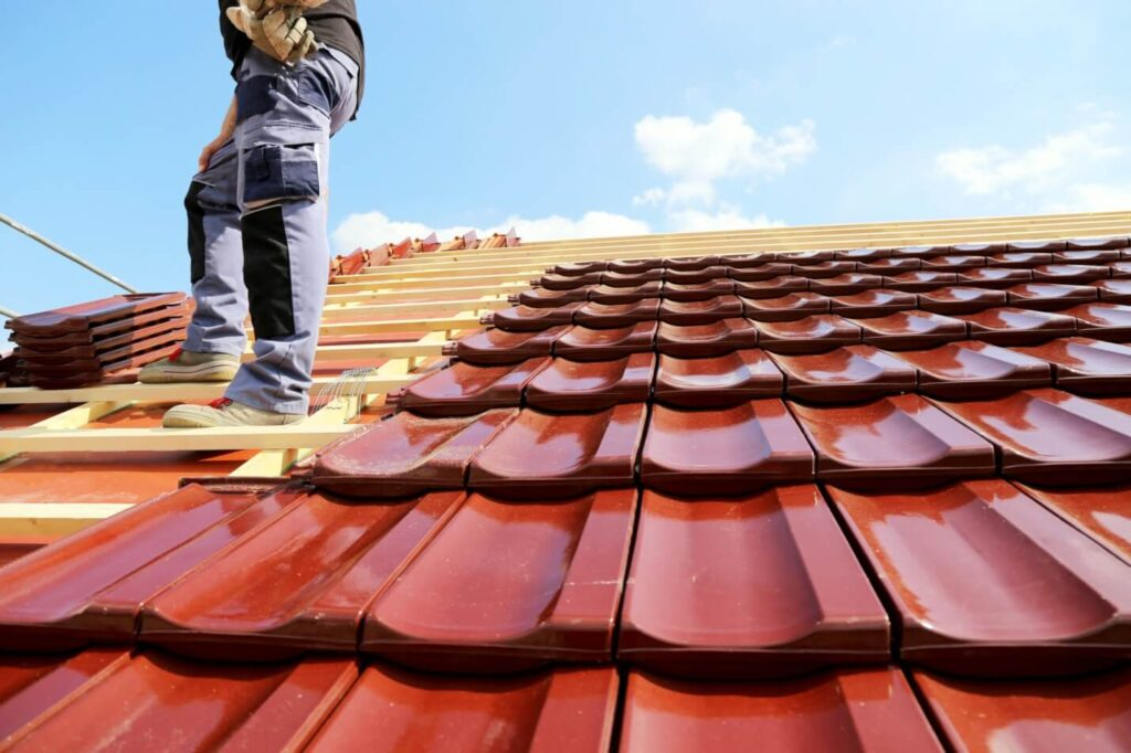 Services-Quality Metal Roofing Crew of Kendall
